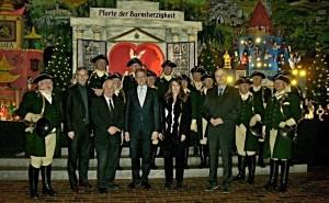 "1.1.2016 ""Abendlob"". Personen (von links, vorn): B. Hälsig (Leiter JHB Heimsheim), C. Binninger (MdB), F. Pitzal (Pfarrer), J. Troll (Bürgermeister Heimsheim), W. Feißt (Bürgermeister Renningen)"