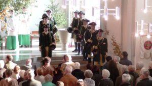 Heimsheimer Parforcehornbläser in der Dreifaltigkeitskirche Sindelfingen (zum vergrößern Bild anklicken)